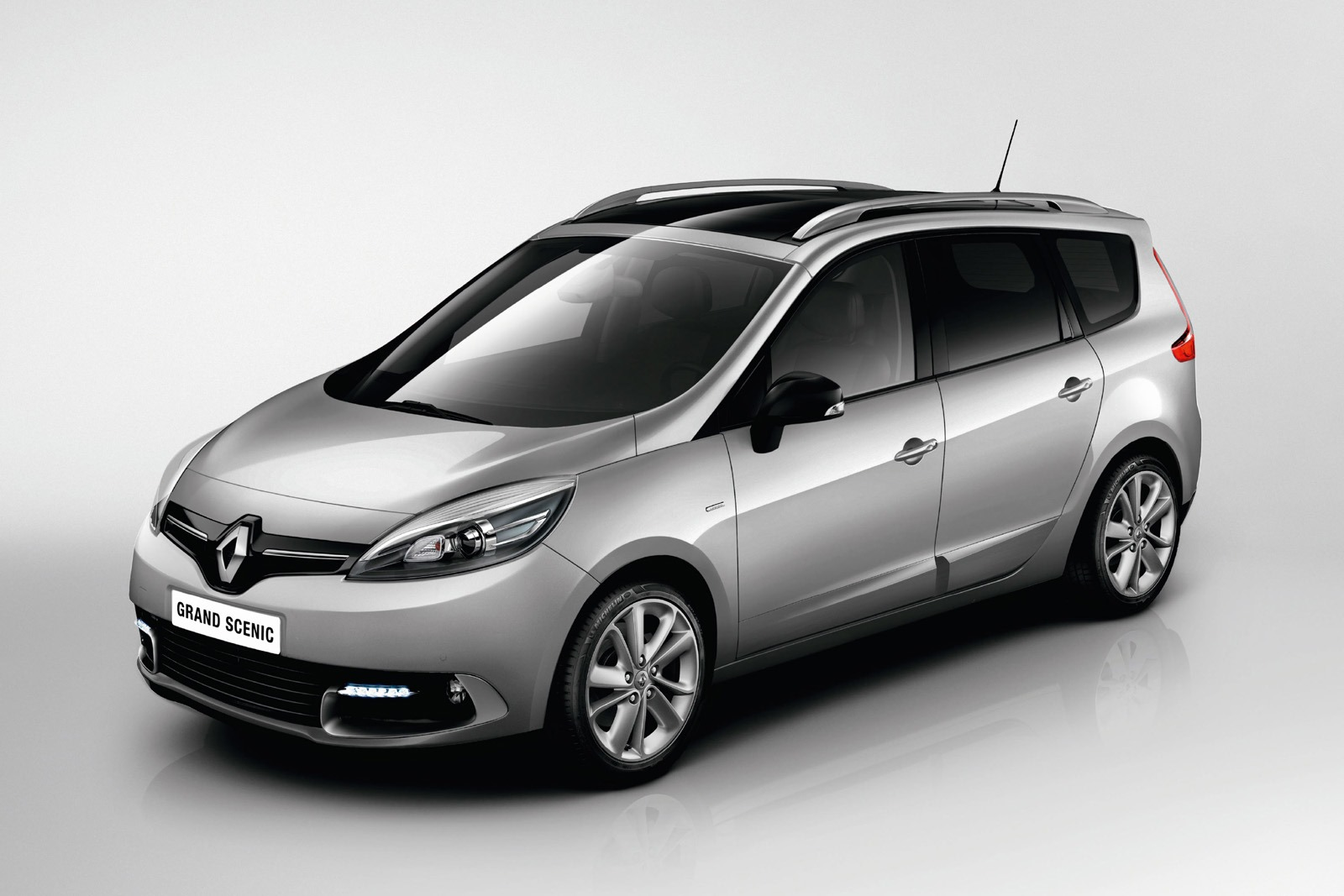 2014 renault scenic limited launched in uk autonews 1. Black Bedroom Furniture Sets. Home Design Ideas