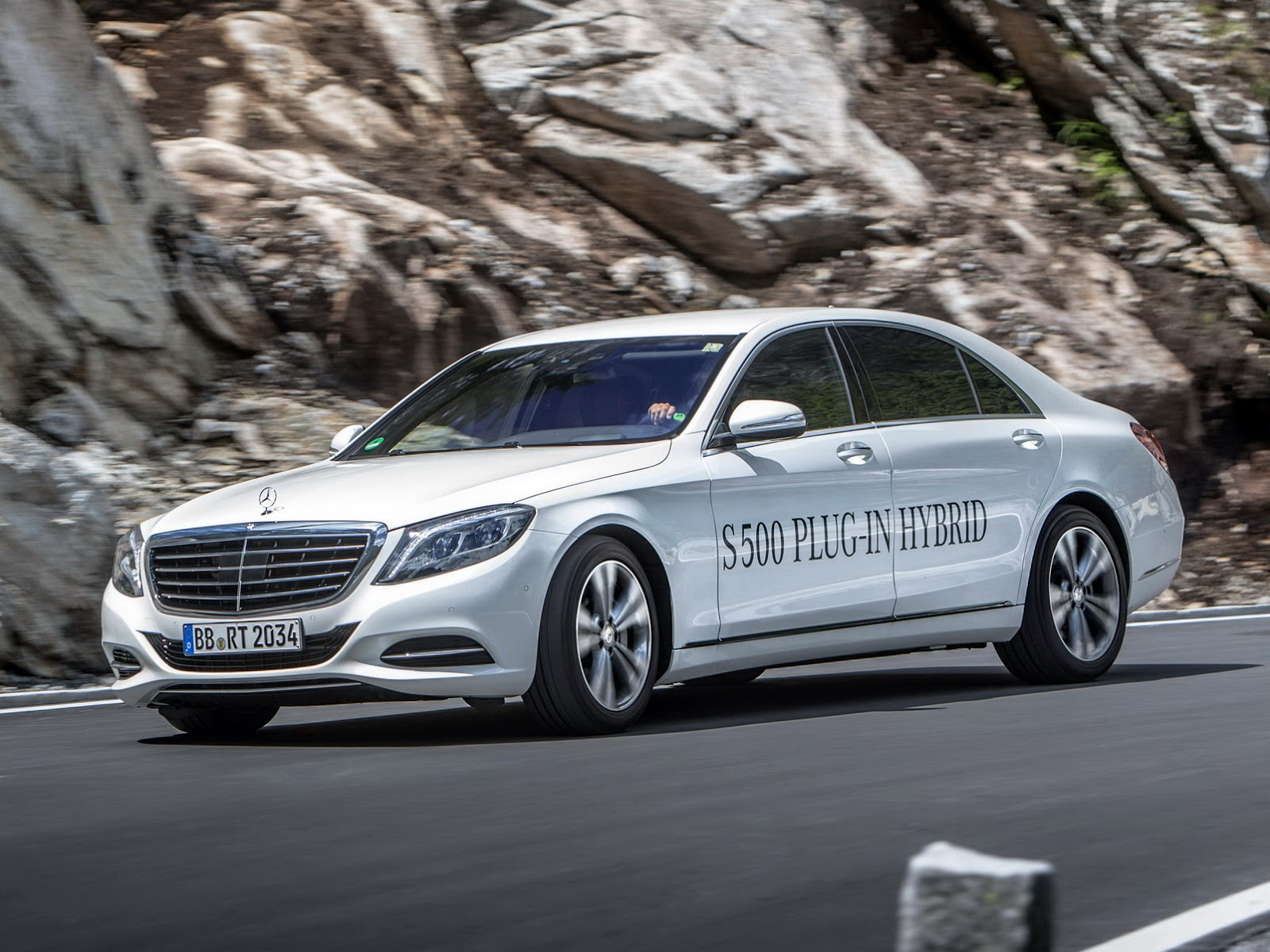 2015 Mercedes S500 Plug-in Hybrid pricing announced | Autonews 1